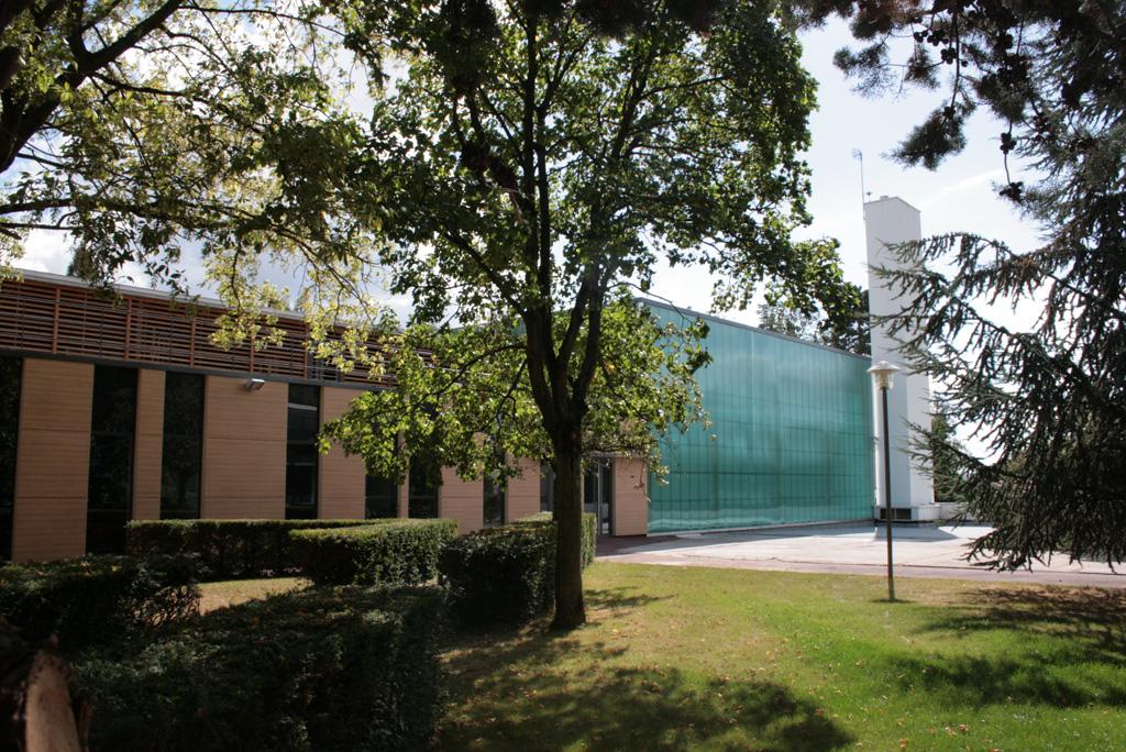 Extension vue du jardin Terrasses du Mail à Cuffies