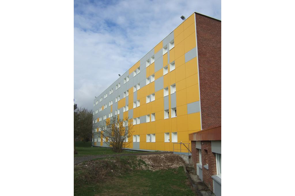 arriere orange bâtiment C de la Résidence Universitaire du Bailly