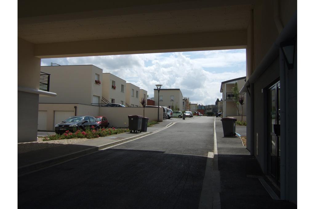 dans la rue logements locatifs sociaux avenue de Reims à Soissons
